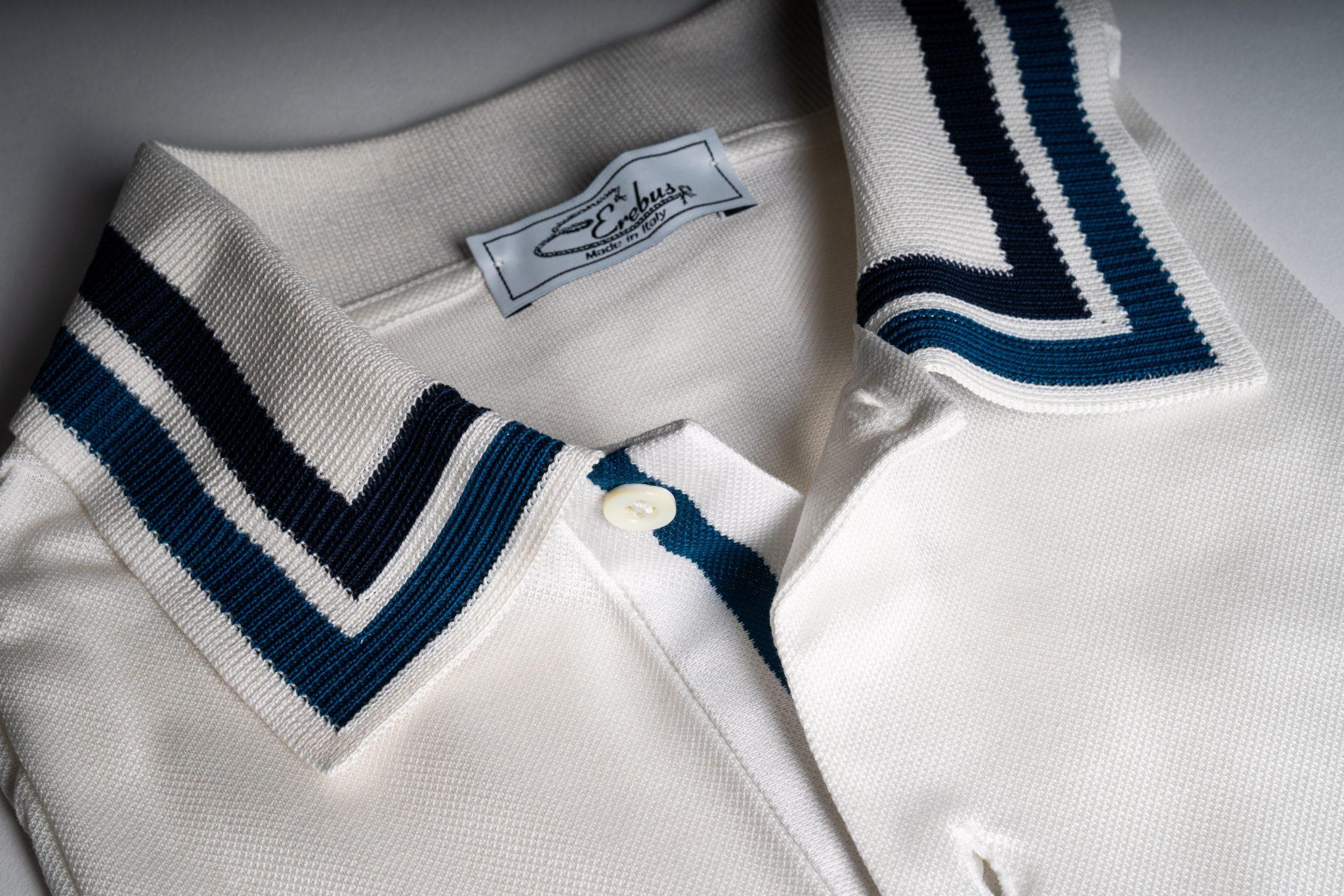 Colletto a intarsio in cotone bianco e blu